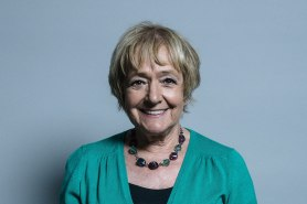 1599px-Official_portrait_of_Dame_Margaret_Hodge_crop_1
